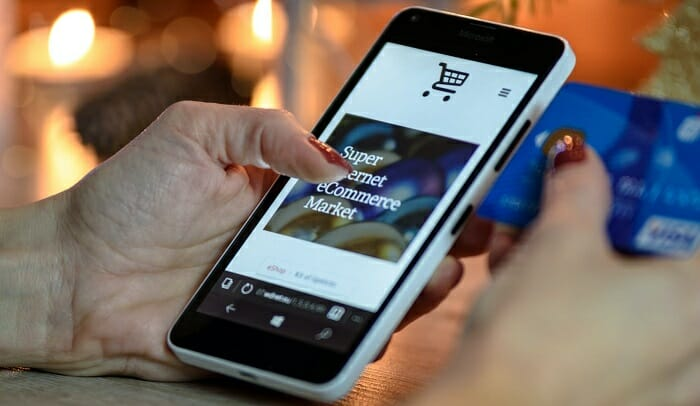 What is eCommerce platform and How Does An eCommerce Platform Work?